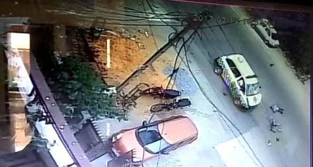 pcr van bike rider hit noida