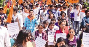delhi university sutdent fee abvp