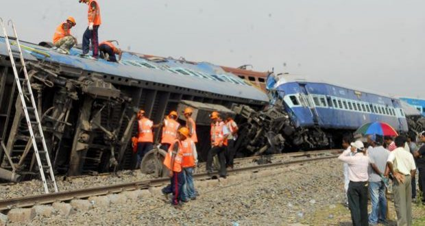 meerut to lucknow news train derail
