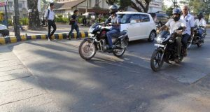 delhi speed breaker