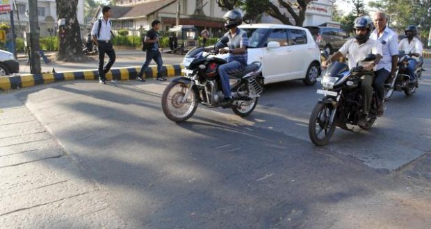 delhi speed breaker